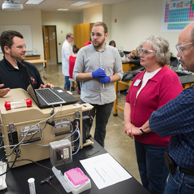 Donors touring Illinois State lab